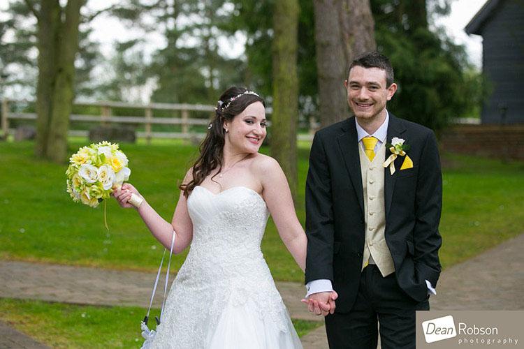 Great-Hallingbury-Manor-Wedding-Photos_19