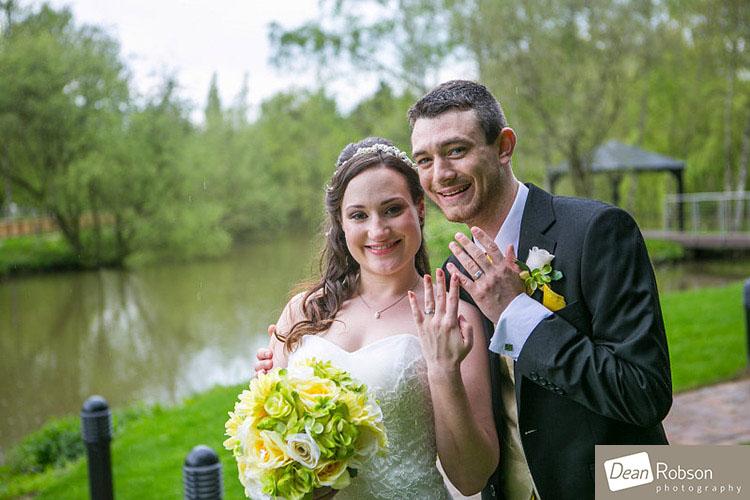 Great-Hallingbury-Manor-Wedding-Photos_22