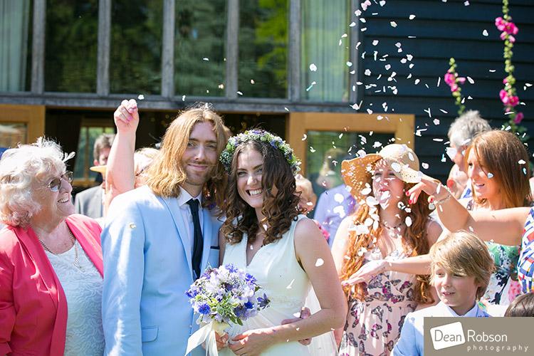 The-Garden-Barn-wedding_15