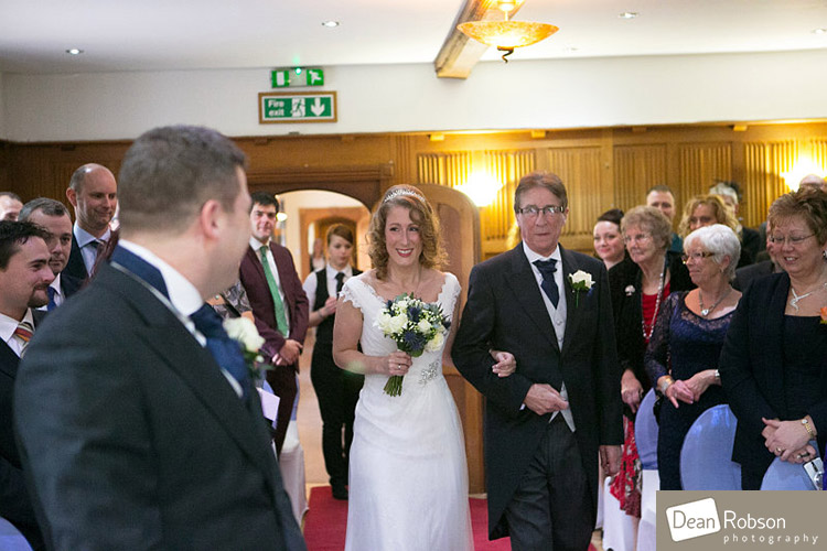 Great-Hallingbury-Manor-Wedding-Photography_15