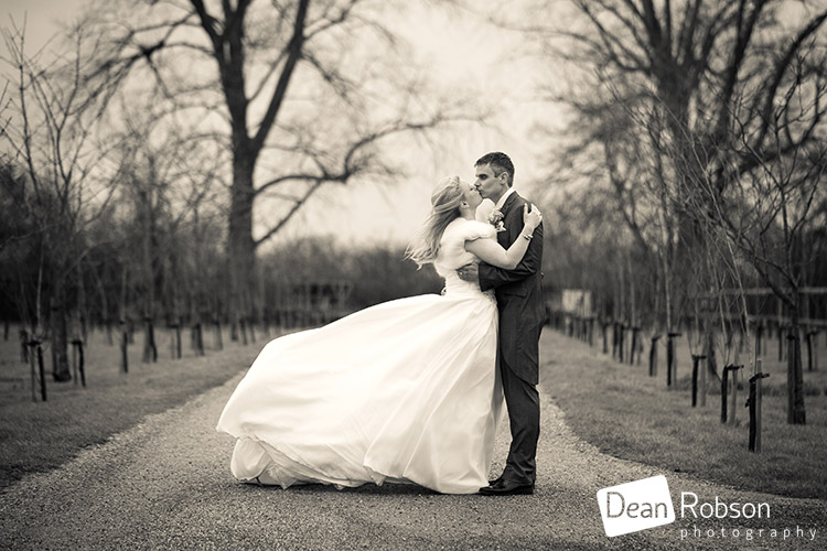 2015-Reid-Rooms-Wedding-Photography_23