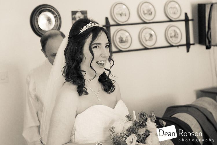 Fynn-Valley-Golf-Club-Wedding-Photography-07