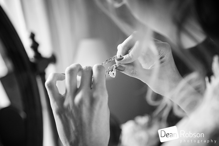 Reid-Rooms-Essex-Wedding-Photography_13