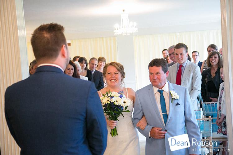 Wedding-Photography-At-Parklands-In-Essex_18