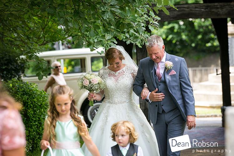 Moor-Hall-Wedding-Photography-Essex_21