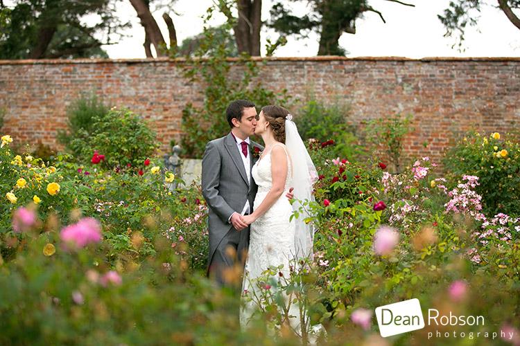 glemham-hall-wedding-photography_34